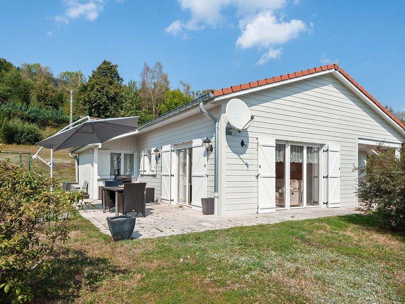 Beautiful, modern chalet near to La Bresse., vacation rental in Ramonchamp