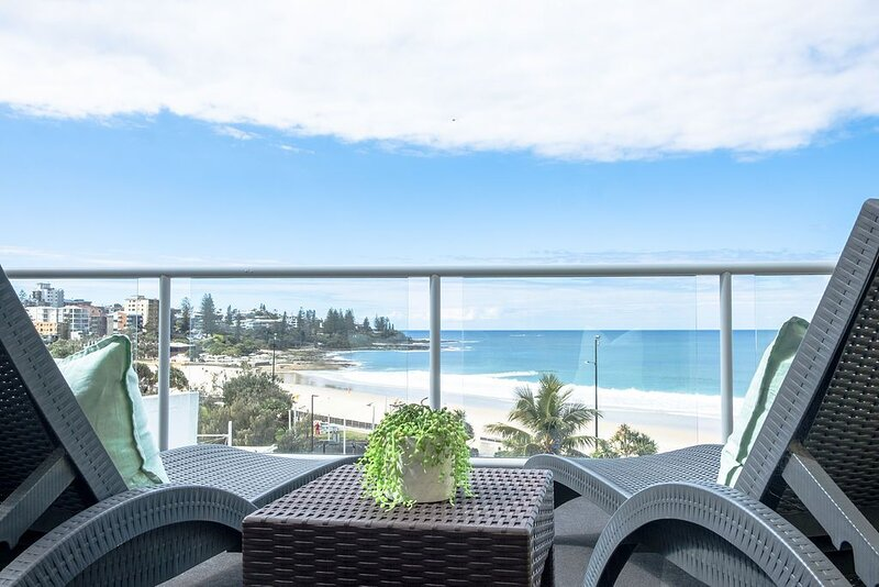 �Top Floor Kings Beach Views� Private Rooftop Terrace with sauna and spa bath, casa vacanza a Kings Beach