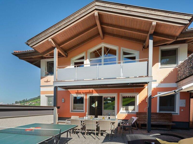 Alluring Apartment in Kolsassberg with Private Garden, holiday rental in Kolsassberg