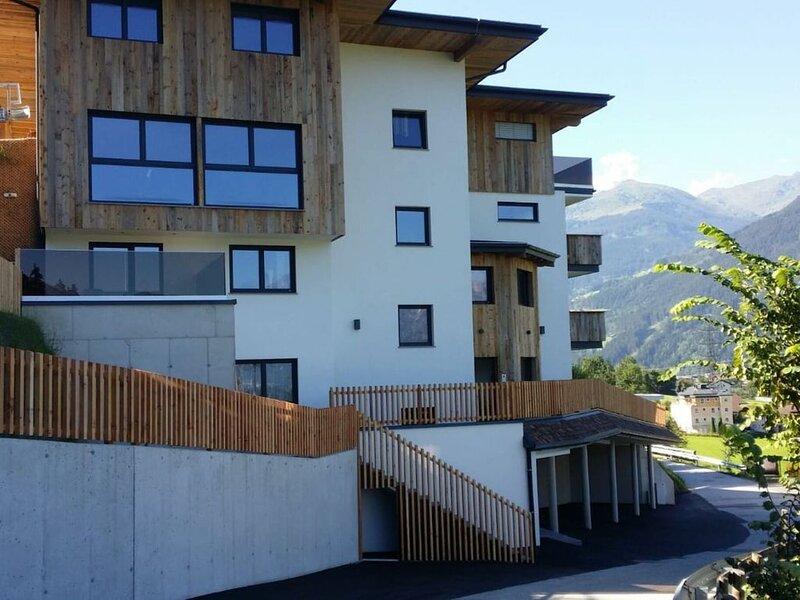 Appealing Apartment in Hart im Zillertal near Ski Area, holiday rental in Hart im Zillertal