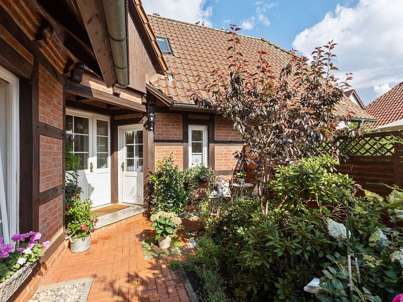 Picturesque Holiday Home in Kritzmow with Garden, holiday rental in Roggentin