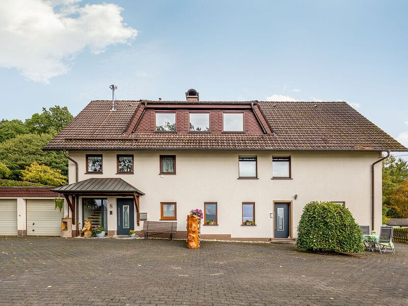 Vacation home with garden in the beautiful Sauerland region, location de vacances à Olpe