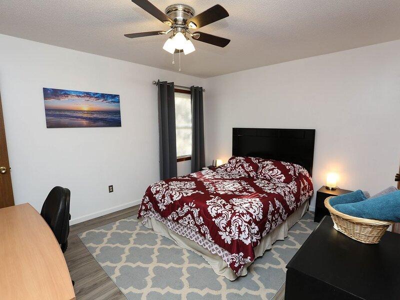 Comfortable Central Remodeled Entire House, aluguéis de temporada em Olathe
