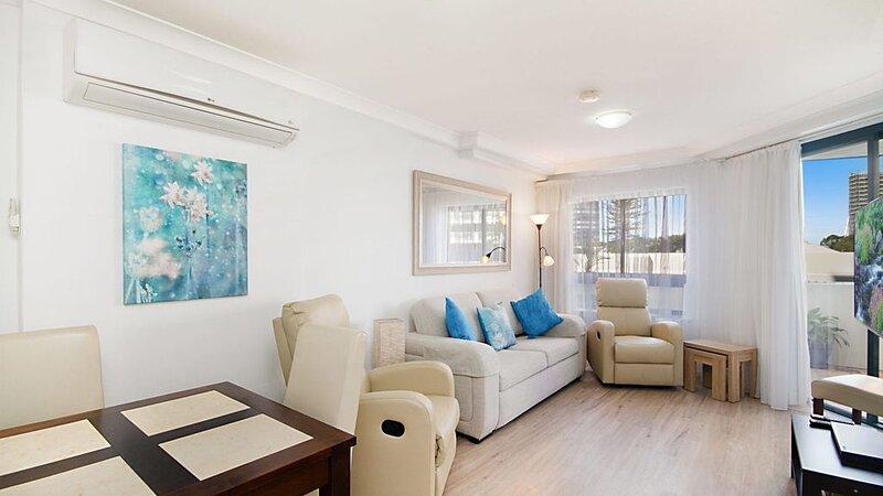Calypso Plaza Resort Unit 238 One bedroom apartment in Resort style complex, holiday rental in Tweed Heads