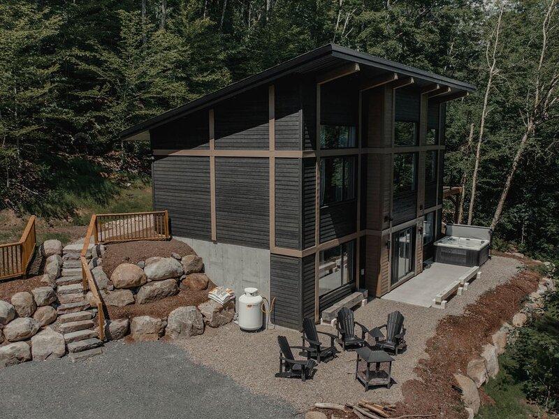 Le Zen House 2, vacation rental in Val-des-Lacs