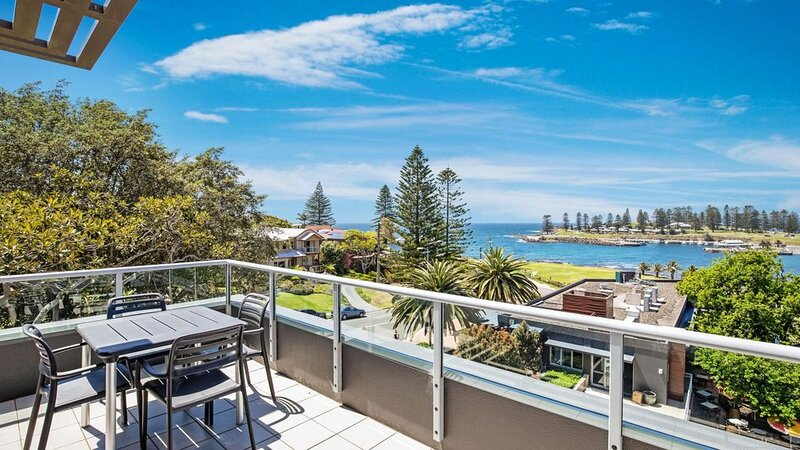 SEBEL HARBOURSIDE 301, Kiama & surrounds - 4pm check out Sundays!, holiday rental in Kiama Municipality
