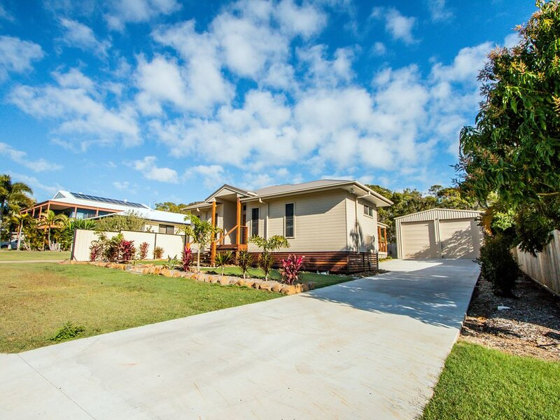 DISCOVERY HOUSE - Agnes Water, QLD, vacation rental in Agnes Water