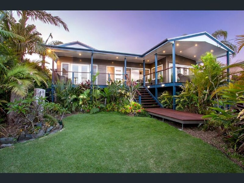 Luxury Resort Style Living with  Harbour views, vacation rental in Ulladulla