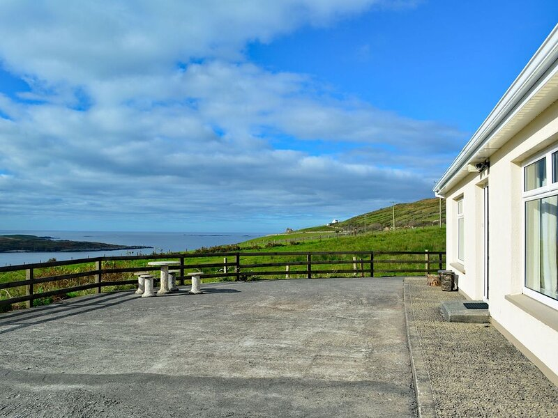 Cottage 171 - Clifden, vacation rental in Clifden
