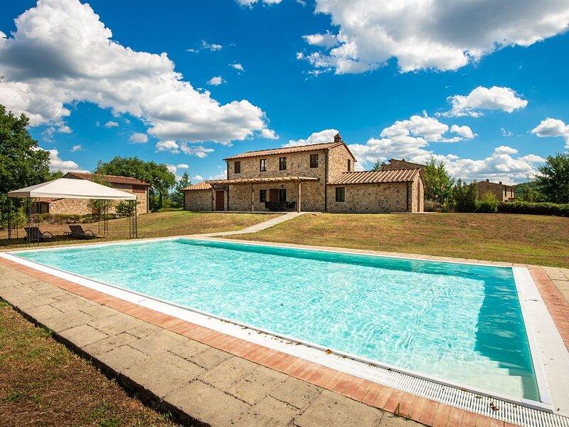 Il Biancospino private pool villa - I Borghi della Selvaccia, alquiler de vacaciones en Bucine