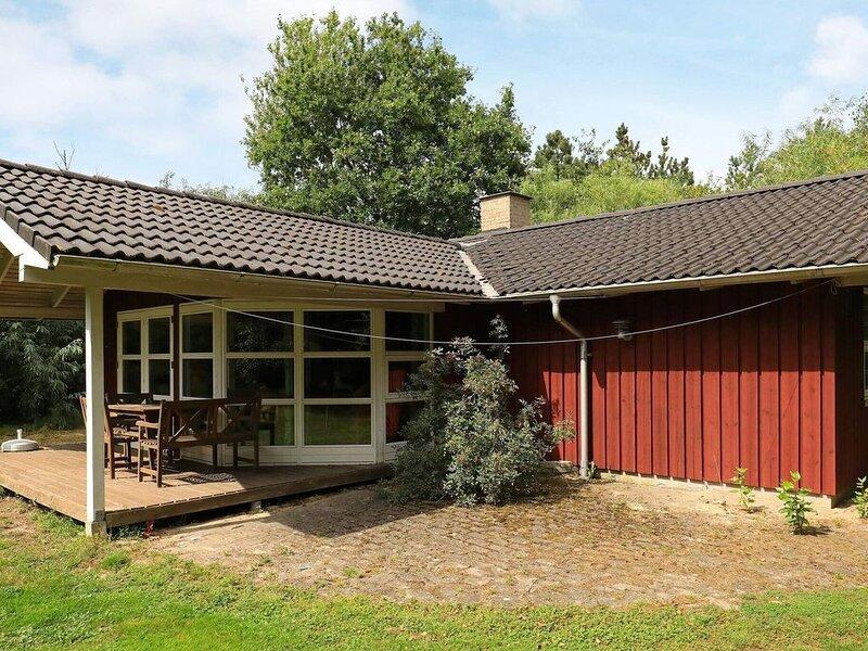 6 person holiday home in Nørre Nebel, Ferienwohnung in Noerre Nebel