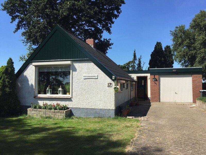 Gerenoveerd Drents veenhuisje, holiday rental in Valthermond