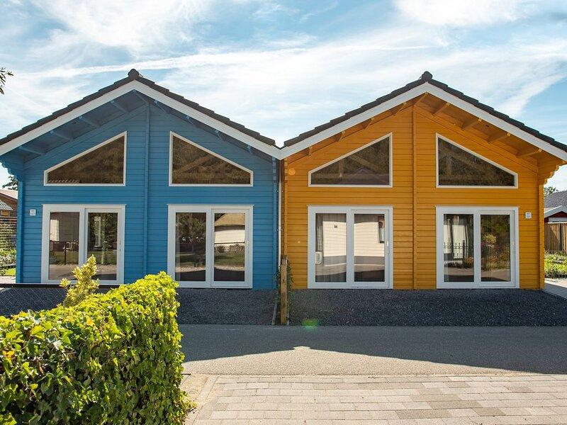 Geschakeld Chalet nabij het strand, vakantiewoning in Stavenisse