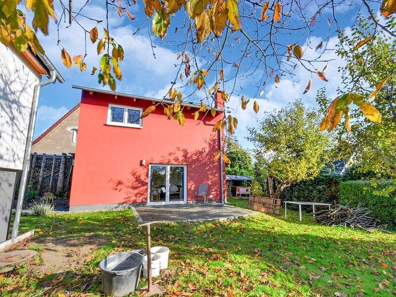 Modern Holiday Home in Gustow near Baltic Sea, alquiler de vacaciones en Gustow
