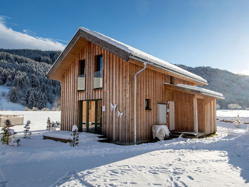 Luxurious Chalet in Murau with Terrace, holiday rental in St. Lambrecht