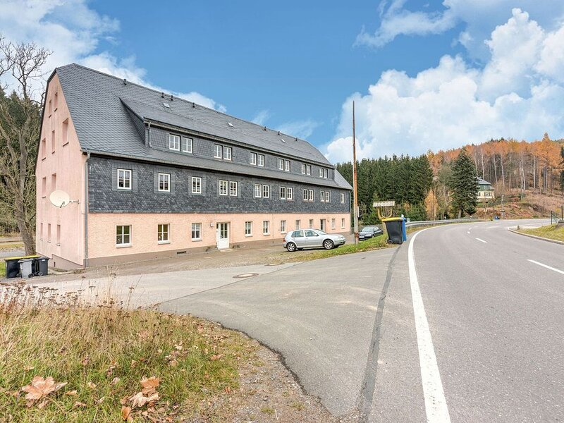 Apartment with modern furnishings in the magnificent Ore Mountains, location de vacances à Sayda