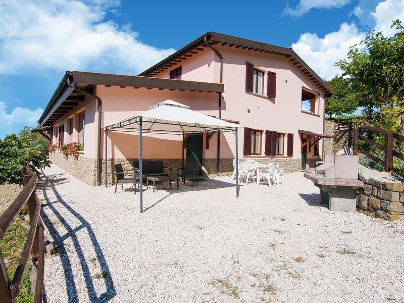 Cozy Farmhouse in Apecchio with Jacuzzi – semesterbostad i Pietralunga