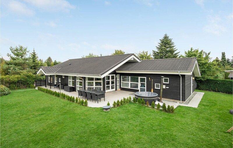 5 Zimmer Unterkunft in Væggerløse, location de vacances à Vaeggerlose