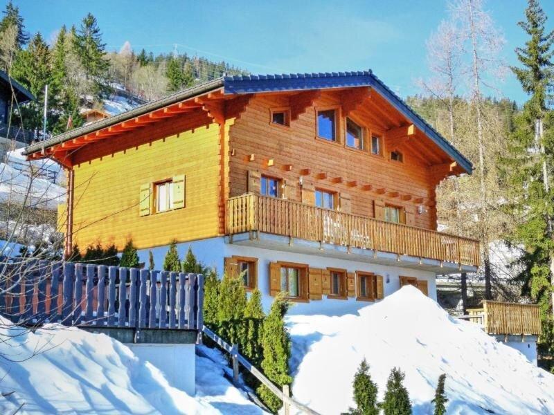Ferienhaus La Tzoumaz für 16 Personen mit 8 Schlafzimmern - Ferienhaus, holiday rental in Riddes