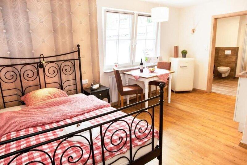 Ferienwohnung Allmuthshausen für 1 Person mit 1 Schlafzimmer - Ferienwohnung in, holiday rental in Schwarzenborn