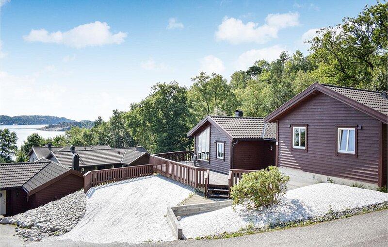4 Zimmer Unterkunft in Nedstrand, alquiler vacacional en Roksund