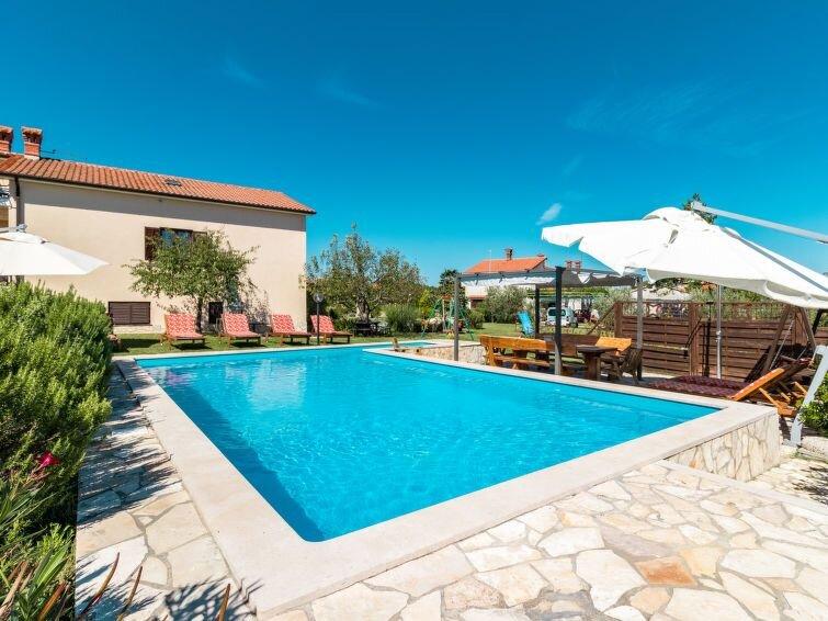 Ferienhaus Villa Emanuela (IPC100) in Pićan - 12 Personen, 5 Schlafzimmer, alquiler de vacaciones en Gracisce