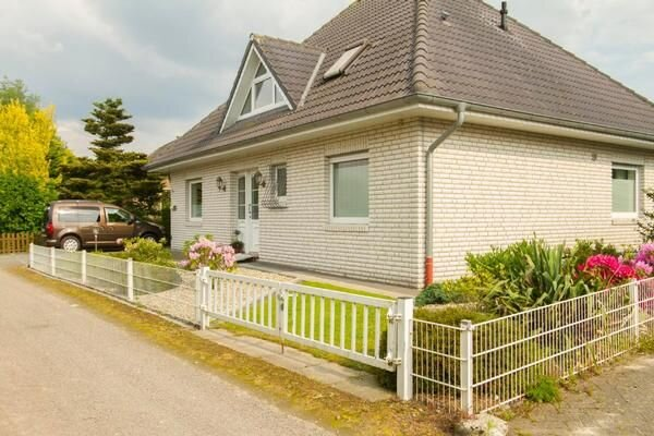 Ferienhaus Rhauderfehn für 6 Personen mit 3 Schlafzimmern - Ferienhaus, holiday rental in Westoverledingen
