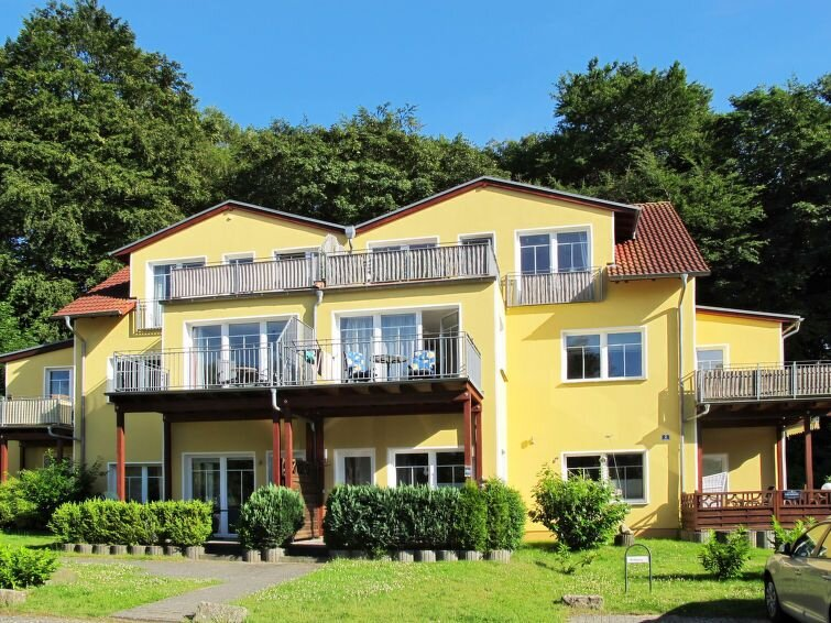 Ferienwohnung Karen (ZTZ129) in Zinnowitz - 4 Personen, 1 Schlafzimmer, casa vacanza a Zinnowitz