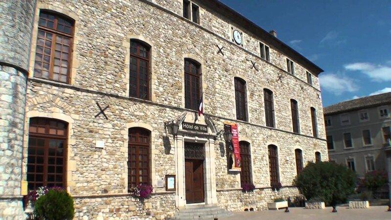 Authentique apt en plein coeur de Vallon Pont d'Arc, repos, convivialité,liberté, holiday rental in Lagorce