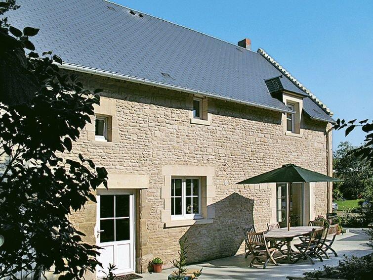 Vacation home in Cambes en Plaine, Normandy / Normandie - 6 persons, 3 bedrooms, location de vacances à Cambes-en-Plaine