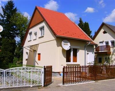 Ferienhaus Bükfürdõ für 1 - 4 Personen mit 2 Schlafzimmern - Ferienhaus, casa vacanza a Szakony