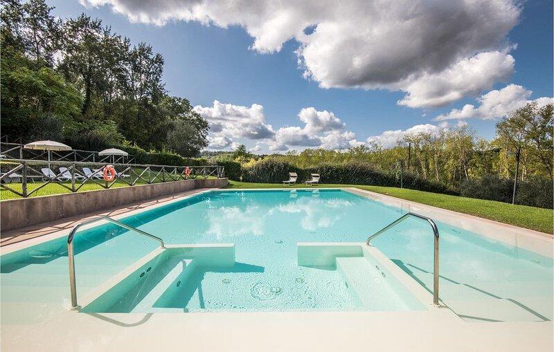 2 Zimmer Unterkunft in Castelfiorentino (FI), vacation rental in Cambiano