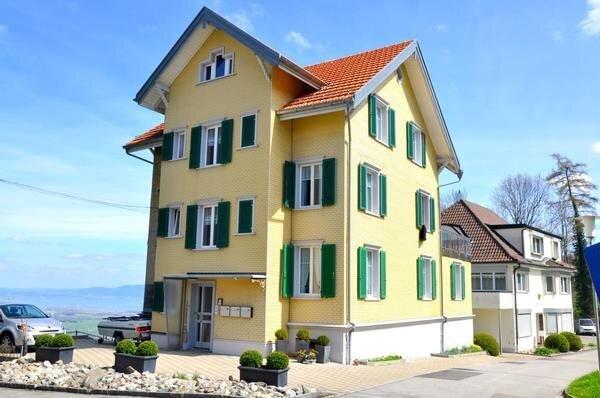 Ferienwohnung Wolfhalden für 2 - 4 Personen mit 2 Schlafzimmern - Ferienwohnung, holiday rental in St. Gallen