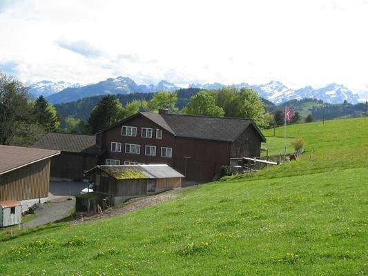 Ferienwohnung Walzenhausen für 6 - 8 Personen mit 3 Schlafzimmern - Bauernhaus – semesterbostad i Altstatten