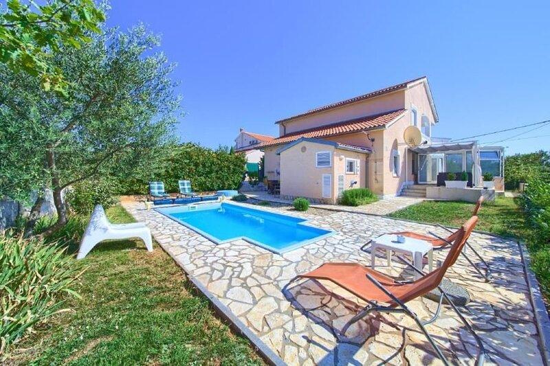 Ferienhaus Krk (Stadt) für 6 - 7 Personen mit 3 Schlafzimmern - Ferienhaus, casa vacanza a Baska