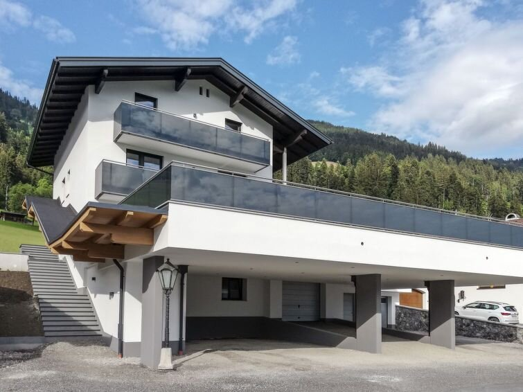 Ferienwohnung Andrea (FGZ370) in Fügen - 4 Personen, 2 Schlafzimmer, vacation rental in Alpbach