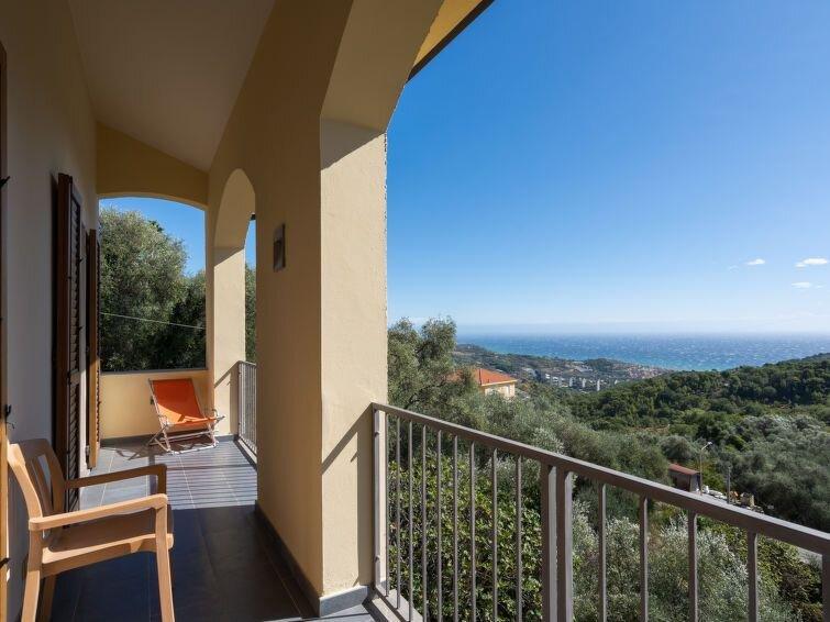 Vacation home Tiziana & Ignazio Abbo  in Lingueglietta, Liguria: Riviera Ponent, location de vacances à Lingueglietta