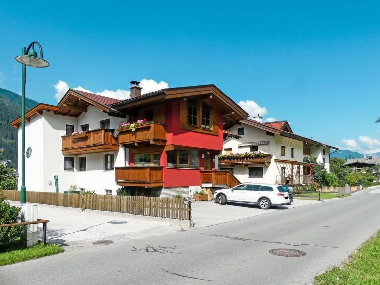 Ferienwohnung Magdalena (SUZ280) in Stumm im Zillertal - 4 Personen, 2 Schlafzim, vacation rental in Ahrnbach