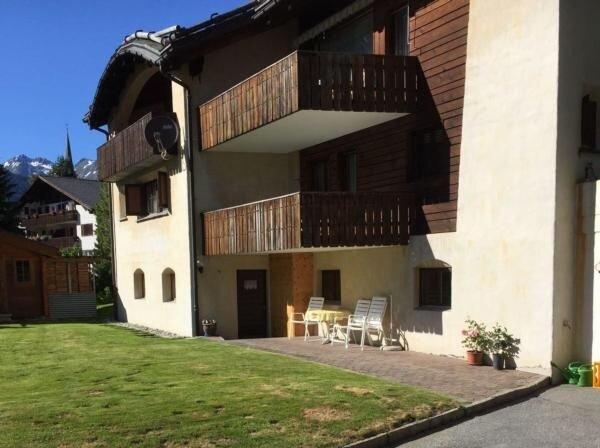 Ferienwohnung Zernez für 2 - 3 Personen mit 1 Schlafzimmer - Ferienwohnung, casa vacanza a Guarda
