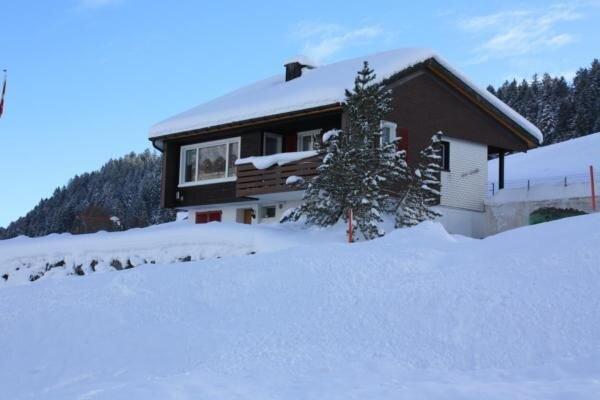 Ferienwohnung Wildhaus für 4 Personen mit 2 Schlafzimmern - Ferienhaus, vacation rental in Wildhaus