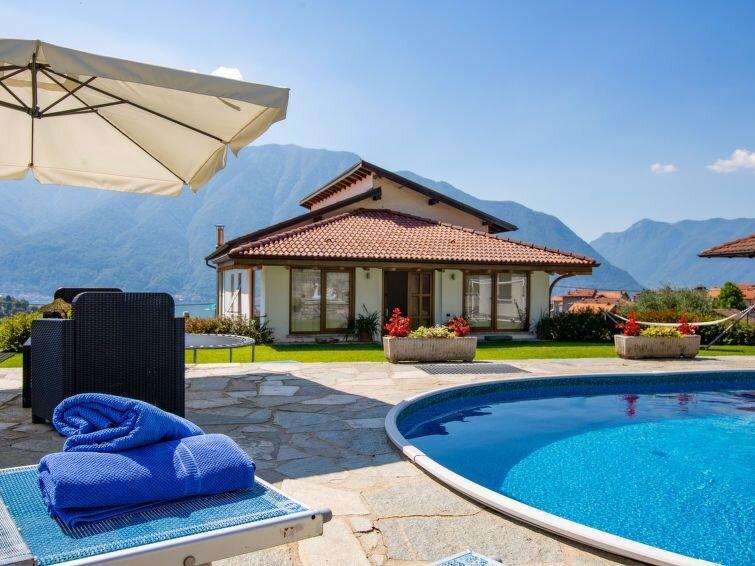 Ferienwohnung Villa Del Sole (LNX150) in Lenno - 7 Personen, 3 Schlafzimmer, location de vacances à Lenno