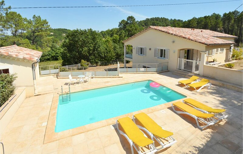 3 bedroom accommodation in Molières-sur-Cèze, holiday rental in Courry