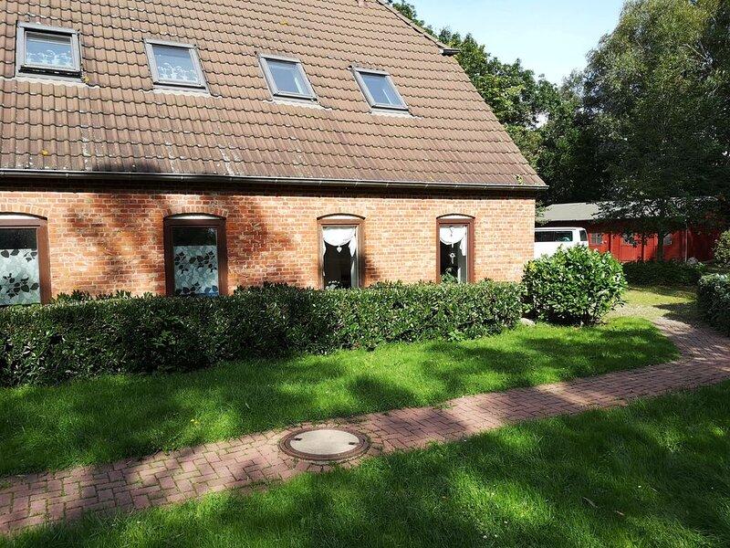 Wunderschöne Ferienwohnung ,3 km vom Weltnaturerbe  Wattenmeer entfernt., holiday rental in Rodenas