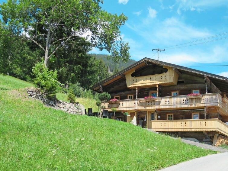 Ferienhaus Alm Chalet (SUZ320) in Stumm im Zillertal - 10 Personen, 4 Schlafzimm, holiday rental in Stummerberg