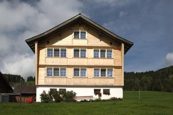 Apartment Appenzell for 1 - 7 people with 4 bedrooms - farmhouse – semesterbostad i Altstatten