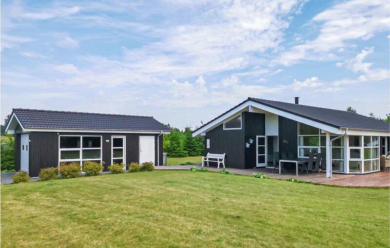 3 Zimmer Unterkunft in Ejstrupholm, aluguéis de temporada em Brande