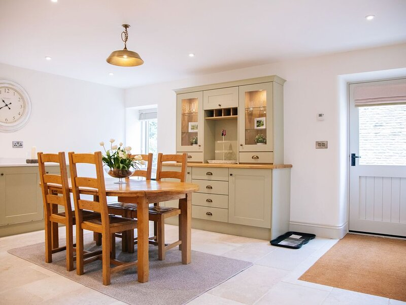 'The Cottage' at Further Harrop Farm *Brand new for August 2020*, holiday rental in Rainow