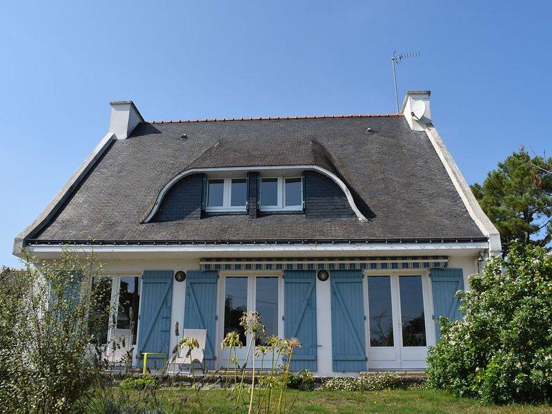 Belle maison familiale avec une superbe vue mer, location de vacances à La Trinite-sur-Mer