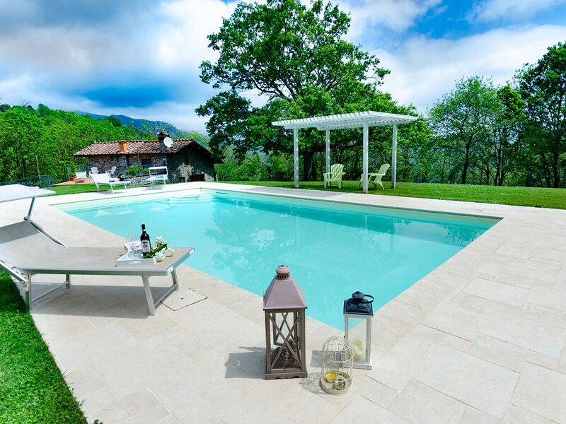 Villa Gambo in the beautiful Lucca, holiday rental in Convalle