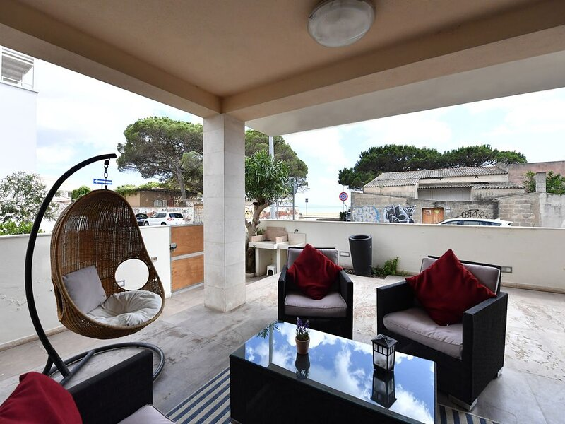 Boutique House, vacation rental in Oristano